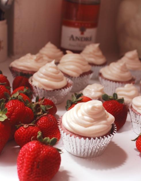 strawberrychampagneeee